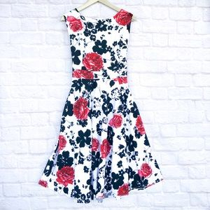 NWOT retro floral knee length fit and flare dress